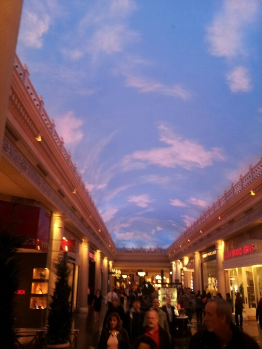 Indoor Painted Ceiling Caesars Palace Las Vegas If