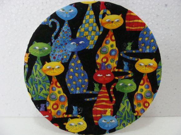 prato de parede, decoupado com tecido R$ 30,00