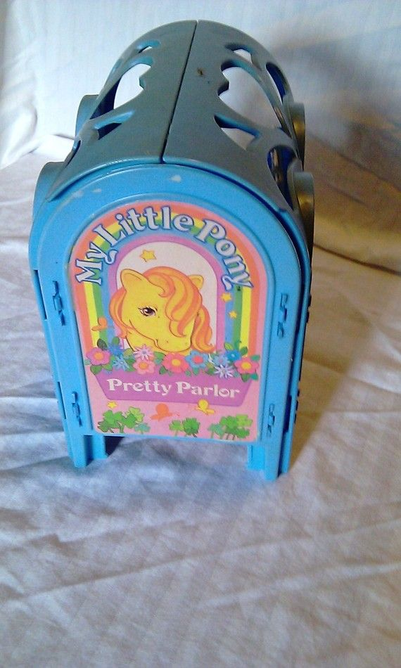 My Little Pony - Pretty Pony Parlor 1984...Myself or a friend had this