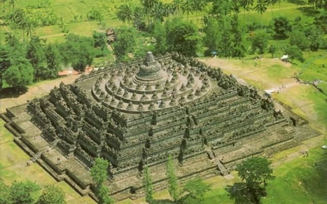 Borobudur in Indonesia, travel photos of Borobudur | Hellotravel