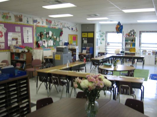 Classroom seating ideas (desk arrangements)