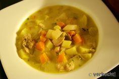 Ich kann mich sehr sehr selten jahrelang an einen Geschmack erinnern. Aber die Fischsuppe, die ich vor 8 Jahren beim Schüleraustausch in Finnland zu essen bekam ist mir immer in Erinnerung gebliebe…