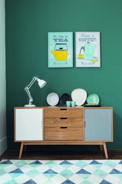 Buffet trois couleurs et mur peint. Une harmonie qui me plaît bien