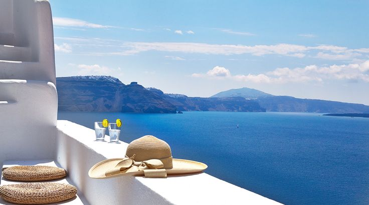 Antonis Eleftherakis, thank you for shooting such a wonderful view of Santorini's Caldera !!!! No words to describe!!!! http://www.pinterest.com/absst/