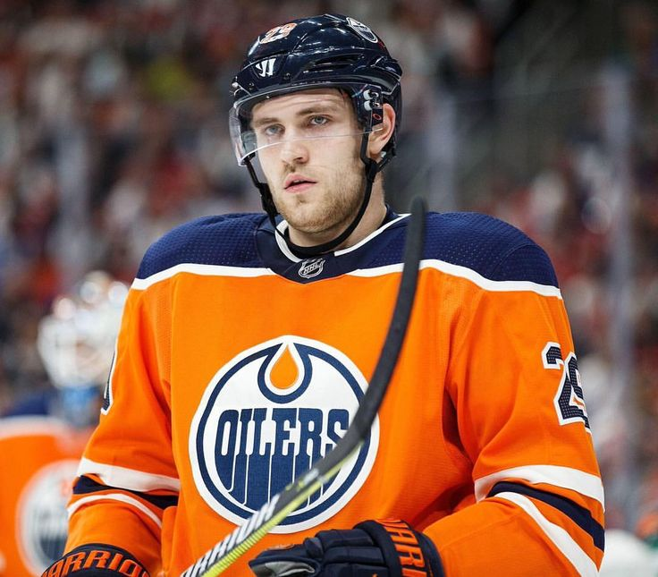 """266 Likes, 6 Comments - Edmonton Oilers News/Updates (@edmonton.oil) on Instagram: """"We would like to wish a very happy birthday to Oilers forward Leon Draisaitl! #Oilers #Edmonton…"""""""
