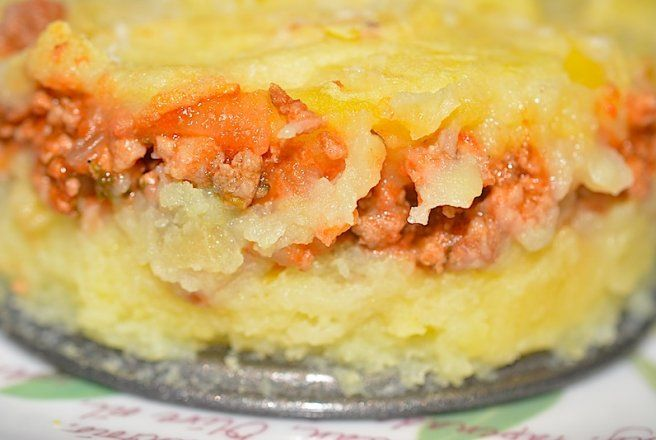 Retete Culinare - Musaca cu piure de cartofi