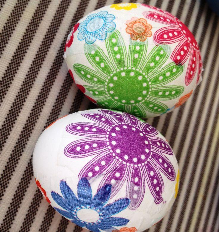 Ubrousková technika, Velikonoční vejce, Easter egg