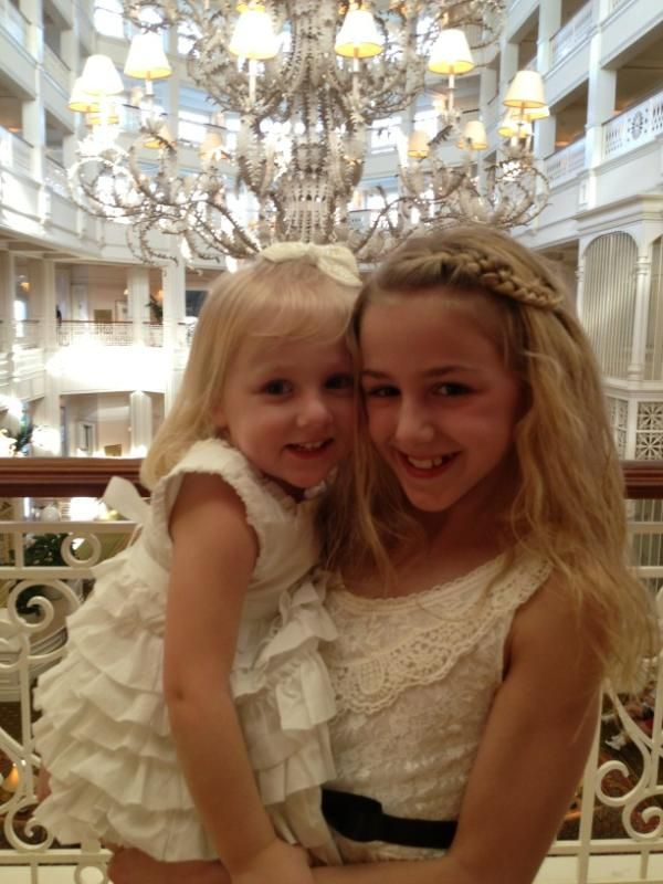 so darling, chloe and her sister from dance moms
