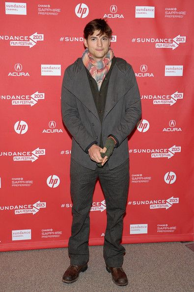 """Ashton Kutcher at """"jOBS"""" Premiere - Arrivals - 2013 Sundance Film Festival - Ashton Kutcher Photo (33451782) - Fanpop fanclubs"""