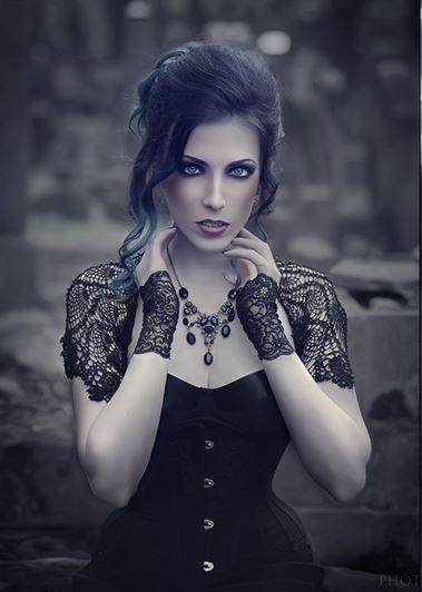 Model, stylization: Katarzyna 'Daedra' Make-up: Pałasz Paulina - MAKE UP Artist Hairstyle: Katarzyna Przełożny Photographer: Photobscure Welcome to Gothic and Amazing |www.gothicandamazing.org