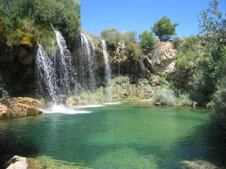 Ruta-45 Albarracín, Cascada del Molino de San Pedro y Cascada del Molino Viejo.(Teruel). Albarracín. Cascada del Molino de San Pedro. Salimos desde Albarracín dirección Masegoso y desde allí hacia…