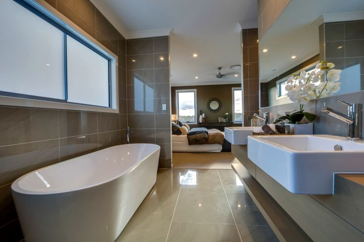 Ensuite with twin basin & bath tub! Elegant form & perfect function. Mandalay 298, designed to enhance & embrace your lifestyle. #DisplayHome #GJTweedHeads #GJNSW. Click link for video & brochure: http://www.gjgardner.com.au/offices/tweed-heads-3410/display-homes/the-mandalay-298-382.aspx