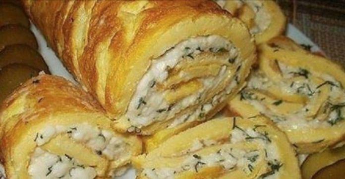 Рулет из омлета с плавленным сыром