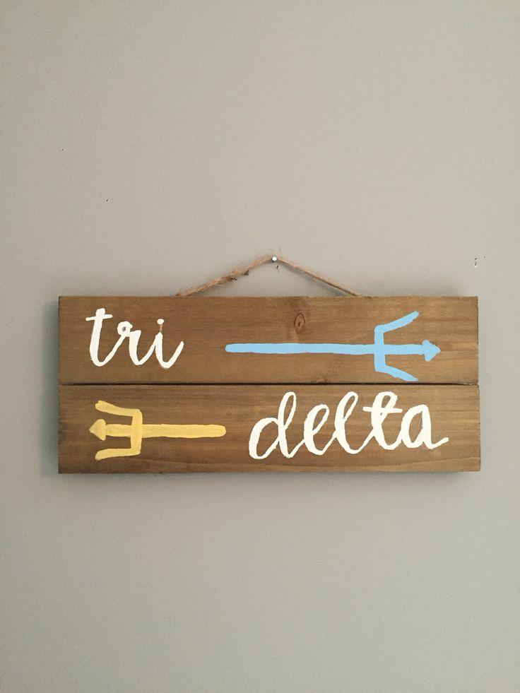 Tri delta wood sign www.dashofserendipity.com