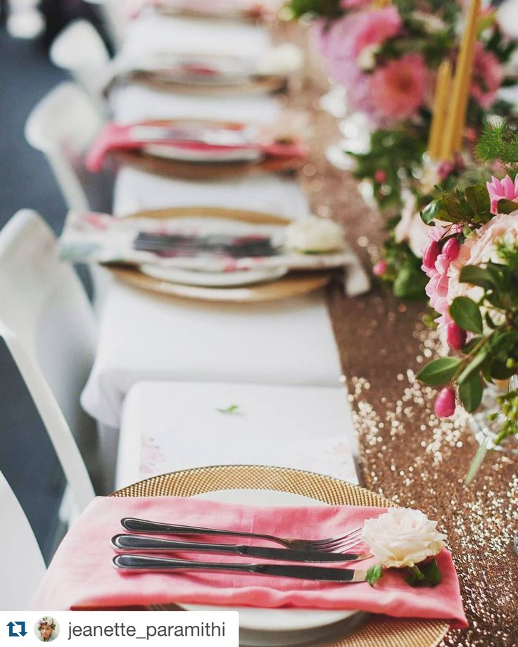 how divine is the blush runner with coral tie dye serviettes... With thanks from Jeanette Paramithi