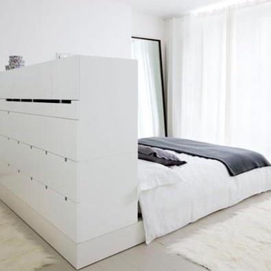 Google Afbeeldingen resultaat voor http://cdn2.welke.nl/photo/scale-395xauto-wit/kledingkast-en-bed-in-1.1350816648-van-Saskia-Riphagen.jpeg