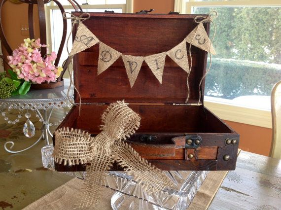 porta programas_Rustic Wedding Card Box With Burlap Banner. by ladedadesign, $45.99