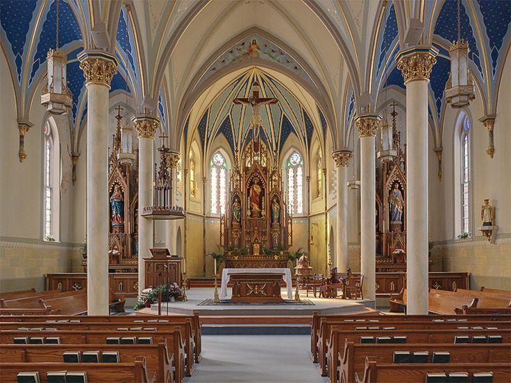 Saint Peter Roman Catholic Church, in Jefferson City, Missouri, USA - nave  