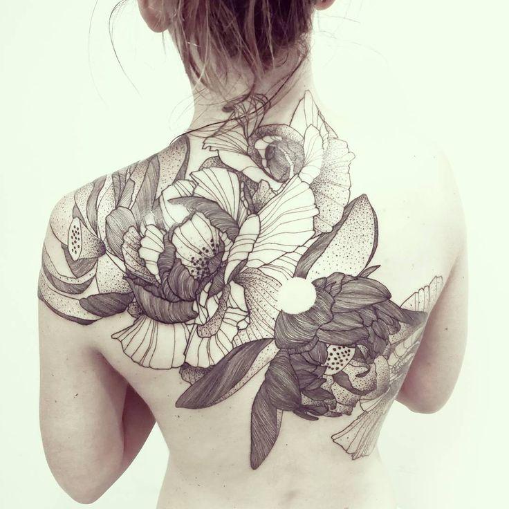 Wild Flowers!   First tattoo! Respect! (Released in 2 sessions)   Done @les_fleurs_du_mal_tattoo - Paris    #wildstyleflower #wildflower #flowerstattoo  #fleur #tatouagedefleur #tatoueur #tattooer #tattooer #tattooartist #tattooart #tattoodesign #artistetatoueur #inkedbyguet #design #dotwork #dotworker #dotworktattoo #designtattoo #guet #graphism #graphictattoo #blackwork #blacktattoo #blackworker #blacktattooart #sorrymummytattoo #lesfleursdumaltattoo #tattrx #tttism