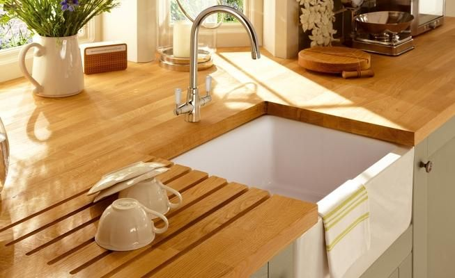 Lamona White Ceramic Belfast Sink with Lamona Chrome Victorian Swan Neck Monobloc Tap
