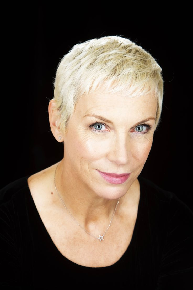 Annie Lennox Photo Annie In 2019 Annie Lennox Royal