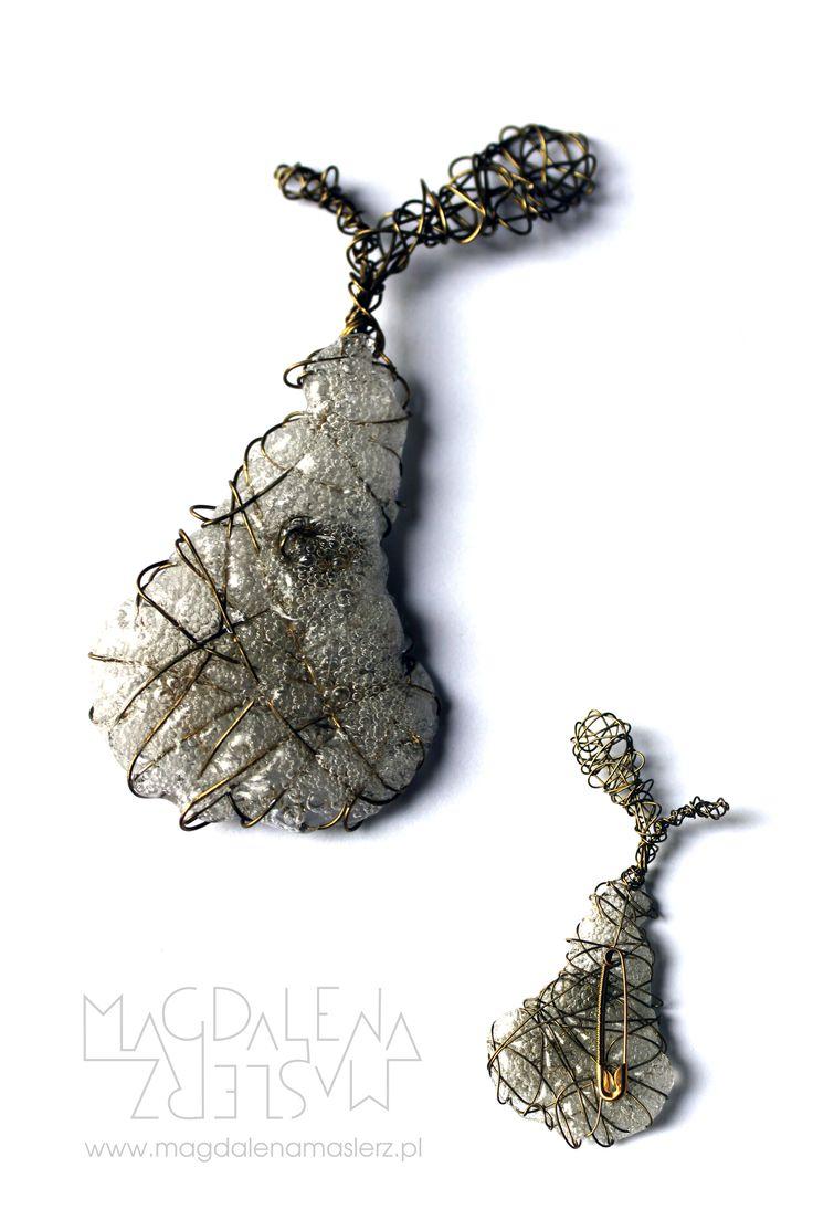 brass wire & polymer pear brooch