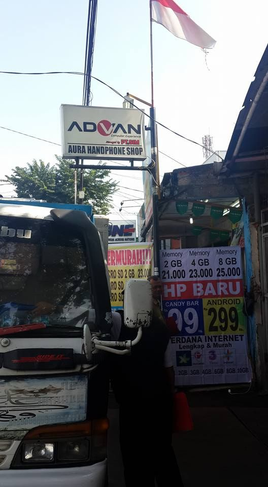 Penertiban Reklame oleh UPPD Kebayoran Lama