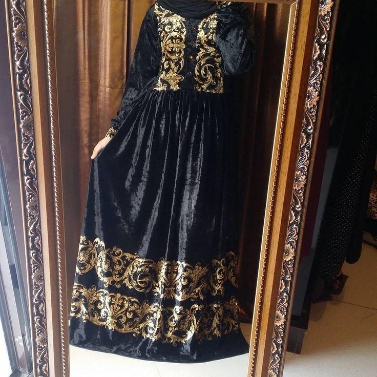 """27 Likes, 1 Comments - Исламская одежда (@farida.djabrailova) on Instagram: """"❗❗УВАЖАЕМЫЕ ПОДПИСЧИЦЫ❗❗ Объявляю скидку на платья из мраморного велюра - 20%😊😊акция продлится до…"""""""