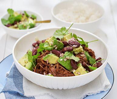 Recept: Pulled beef med avokado och bönsallad