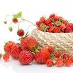 Prăjitură de post cu căpșuni