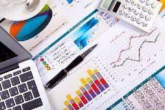 http://zlapbykazarogi.snappages.com/ - ciekawy blog z poradami finansowymi.
