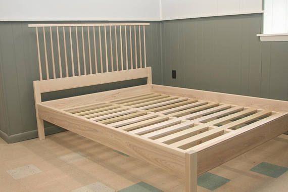 Ash Shaker Style Spindle Back Bed Whitewashed Bed Frame Platform