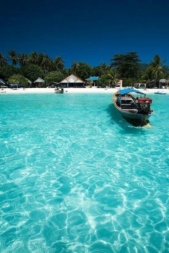Long Beach, Koh Phi Phi, Thailand...moet hier dringend nog eens terug naar toe. <3