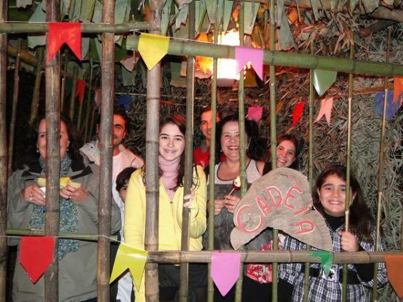 festa-junina-cadeia Mais