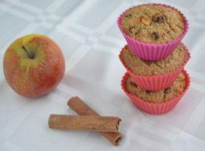 Havermout Muffins met Appel en Kaneel - Blij Suikervrij - net gemaakt en ze zijn heerlijk!! http://blijsuikervrij.nl/tussendoortjes/havermout-muffins-appel-kaneel/