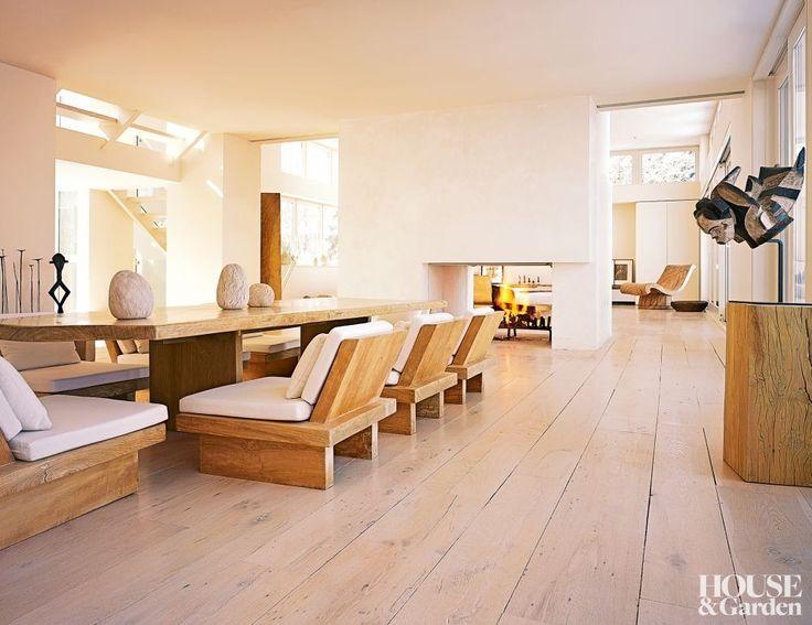 Contemporary Dining Room and Bonetti/Kozerski Studio in East Hampton, New York