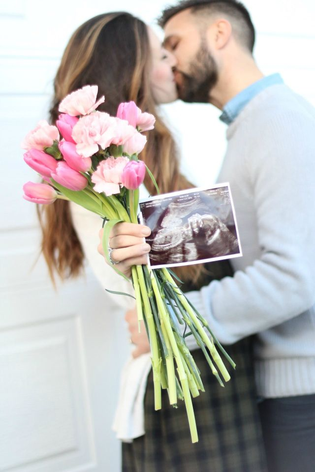 Sugar Hill, baby announcement, it's a girl, gender reveal, announcement, photography, pink, tulips