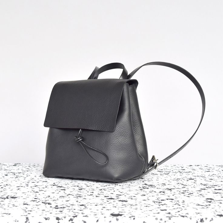 Alfie Two - Basic Backpack - Small - Black
