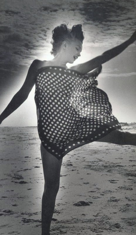 Marilyn Monroe photographed by André de Dienes, 1949.