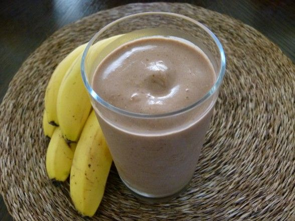 Chocolate Peanut Butter Banana Oatmeal Smoothie -- make it the night before!