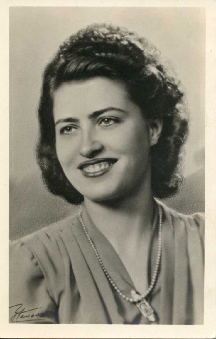 No date, 40s or 50s, commerical real photo postcard