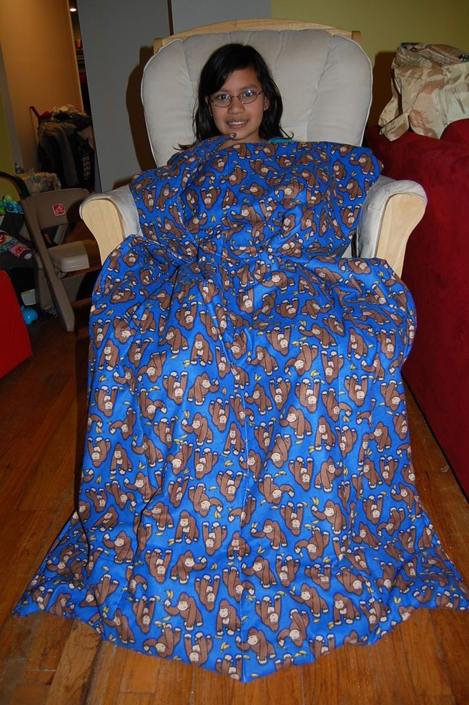 Lap Blanket with Foot Pockets