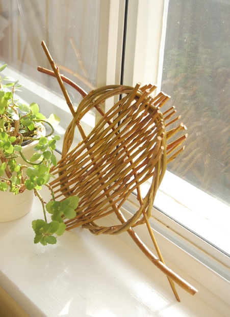 Simple Basket Weaving Willow : Best images about willow weaving on tomato