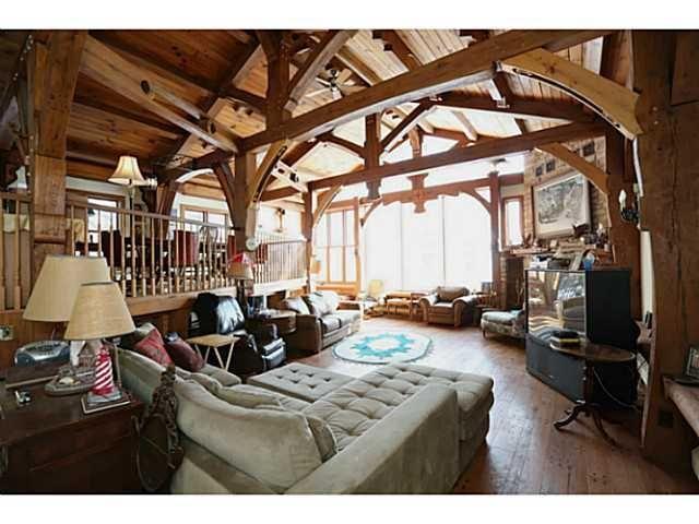 http://www.realtor.ca/propertyDetails.aspx?PropertyId=15272809