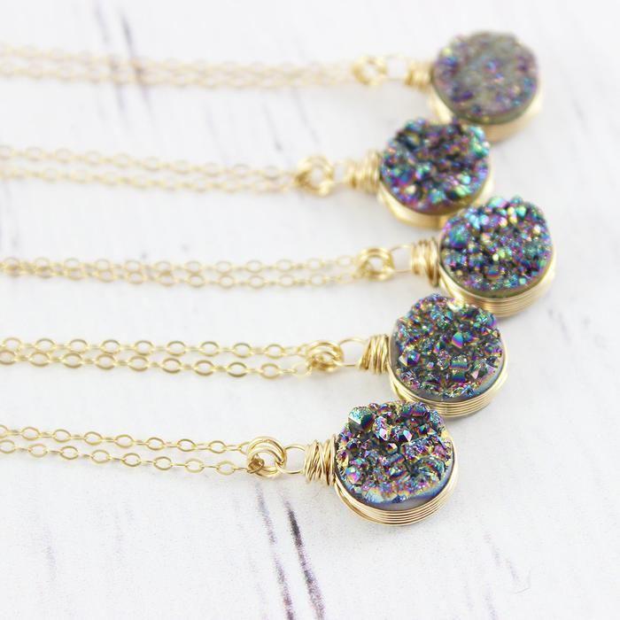 Rainbow Druzy Geode Gold Circle Necklace | Necklace | Jewelry | Druzy Jewelry | #druzy #druzyjewelry #jewelry #handmadejewelry | www.starlettadesigns.com