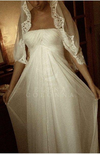 Abiti da sposa su misura Napoli. Divina come una dea Alessandra nel suo magico wedding day ha realizzato il suo sogno. | Elena Colonna Atelier