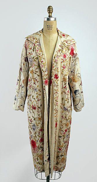 Evening coat (image 1) | American or European | silk | Metropolitan Museum of Art | Accession #: C.I.57.9