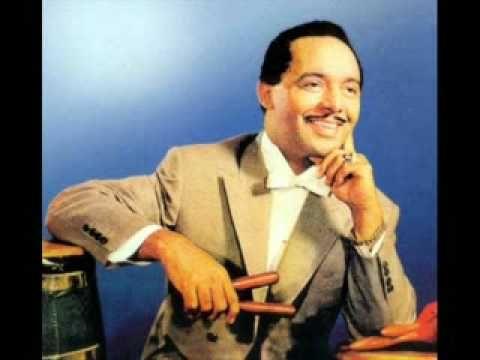 ▶ PEREZ PRADO Mambo No 5 - 1950s (from LP) (Slide) - YouTube