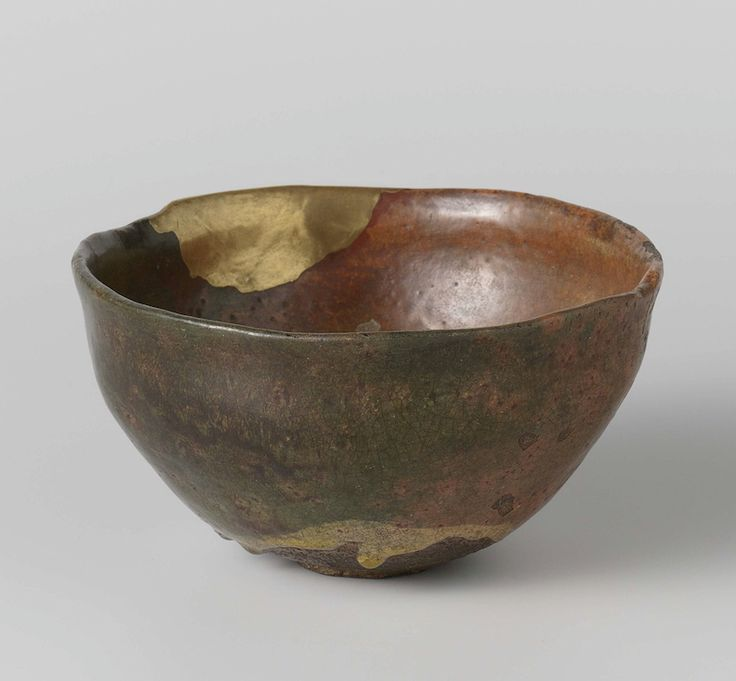 Raku bowl, stoneware/glaze repaired with gold (kin-zukuroi), Kyoto, ca. 1650-1750