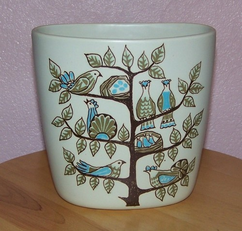 Just love this Figgjo Turi vase from Norway.
